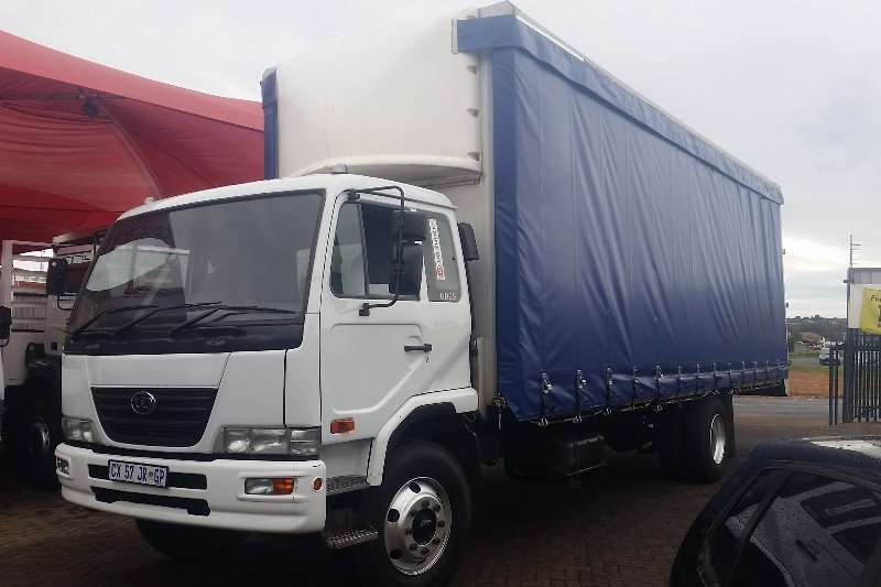 Nissan Curtain side Nissan Diesel A898 Curtain side Truck