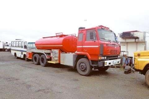 Nissan CW 45 Water Tanker- Truck