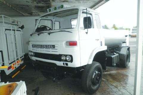 Nissan Diesel Tanker- Truck