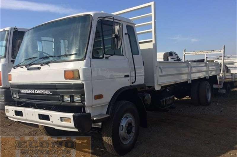 Truck Nissan Dropside CM 16  1996