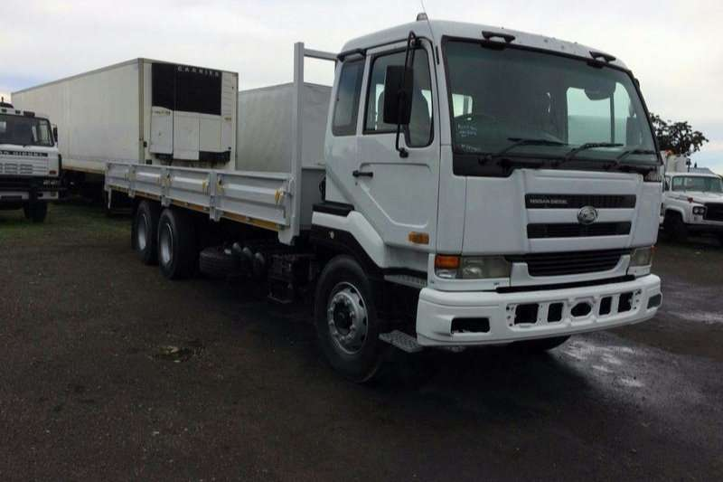 Nissan Dropside NISSAN UD 400 DROPSIDE Truck