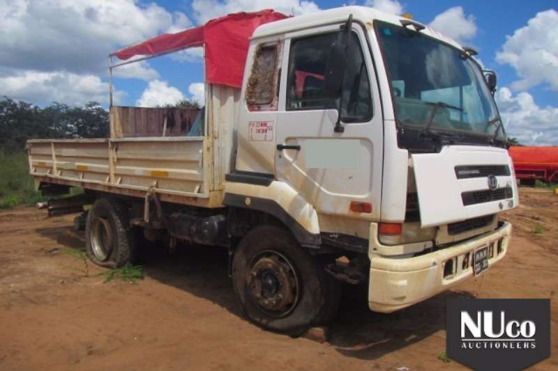 Nissan Dropside NISSAN UD290 DROPSIDE CREW CAB Truck