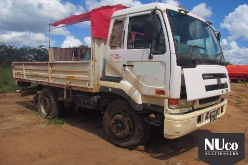 Truck Nissan Dropside NISSAN UD290 DROPSIDE CREW CAB 0