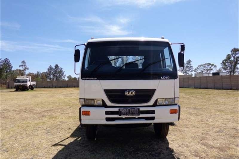 Nissan Dropside UD80 DROPSIDE  Truck