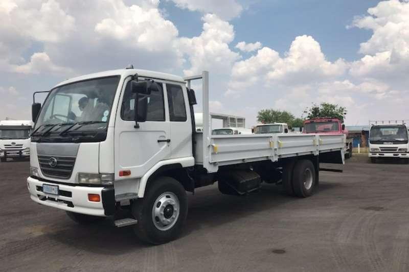 Nissan Dropside UD80 DROPSIDES Truck
