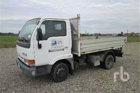 Truck Nissan E110  2000
