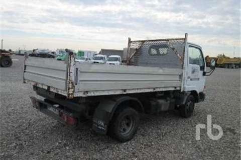 Nissan E110  Truck