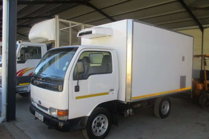 Nissan Fridge truck 20 Truck