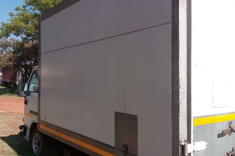 Nissan Fridge truck Nissan CABSTAR COOL TRUCK Truck