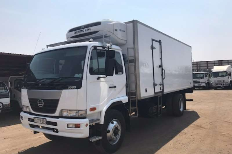 Truck Nissan Fridge Truck NISSAN UD80 FRIDGE BODY WITH THERMOKING UNIT 2011