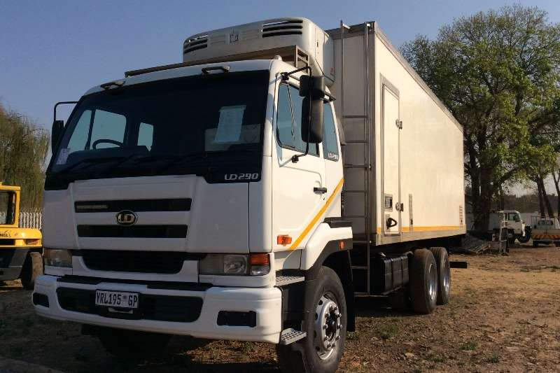 Truck Nissan Fridge Truck UD290 Fridge 2006