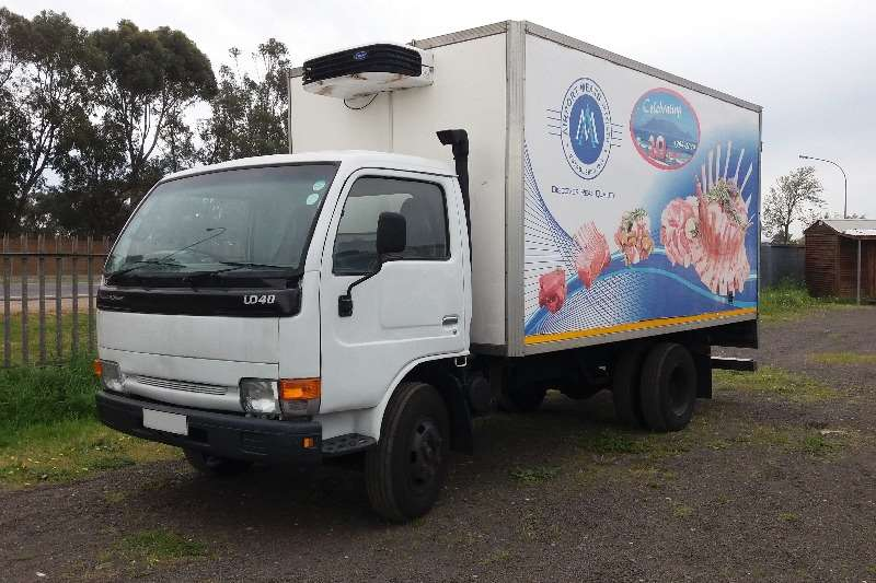 Nissan Insulated fridge unit UD40 Truck