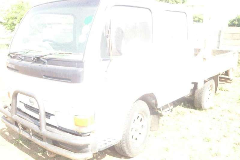Nissan Nissan Cabstar 20 Double Cab Truck