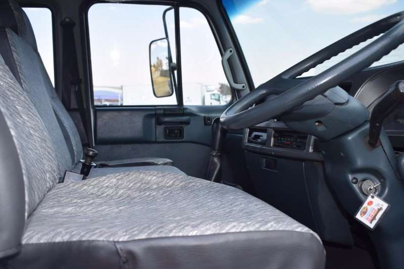 Nissan Roll back ud 60 Truck