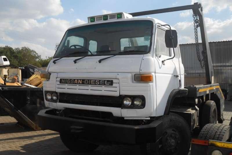 Nissan Skip bin loader CK20 Truck