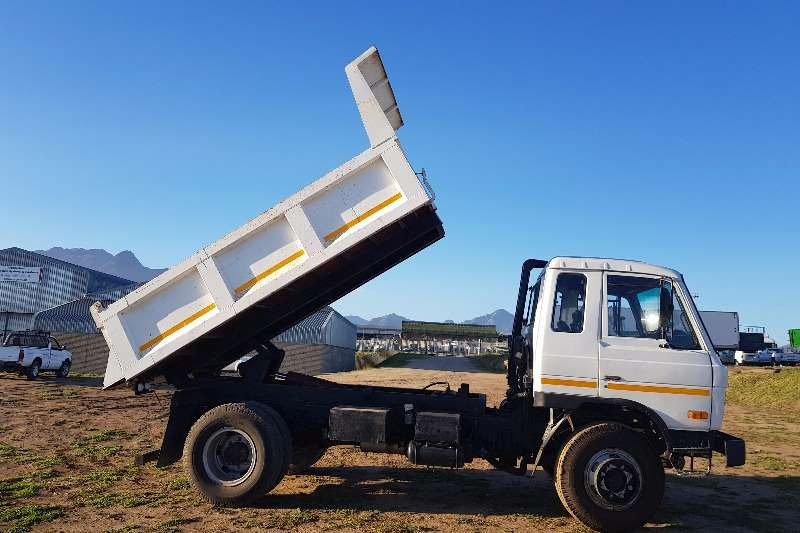 Nissan Tipper CM 15, 352 ADE Turbo Truck