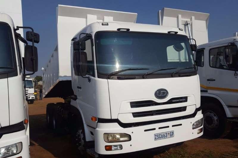 Truck Nissan Tipper NISSAN UD 0