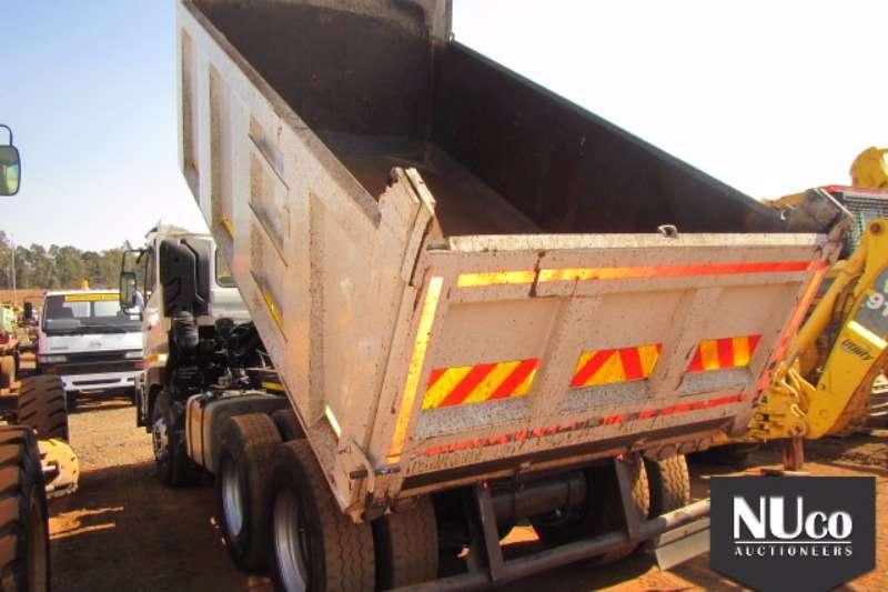 Nissan Tipper NISSAN UD460 10M3 TIPPER Truck