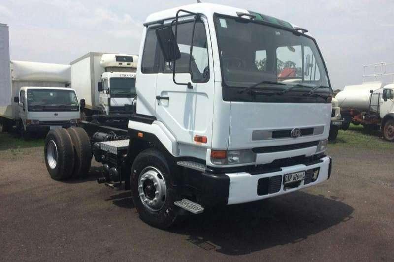 Nissan Tipper UD 290TRUCK TRACTORSINGEL AXCEL Truck