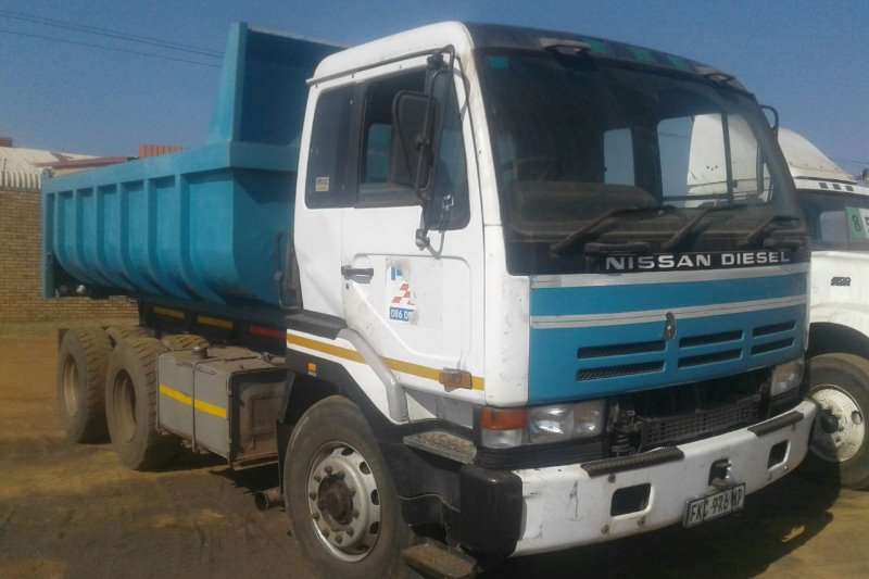 Nissan Tipper very good running condition ready to work Truck
