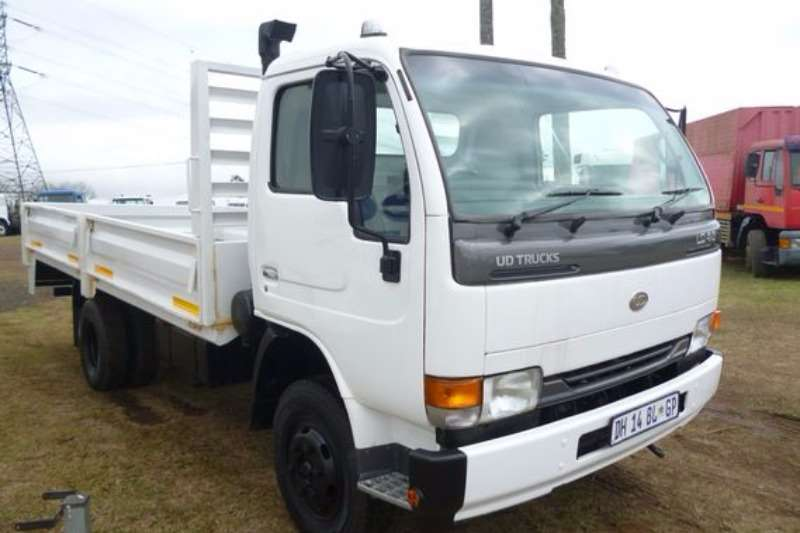 Nissan UD40 With Dropside Body Truck