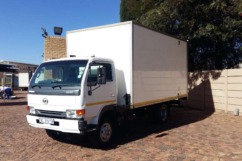 Nissan Volume body UD40A Truck