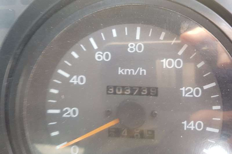 Nissan Volume body UD90 Truck