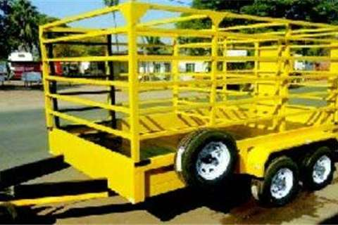 Other Forklift  Cattle Combina Truck