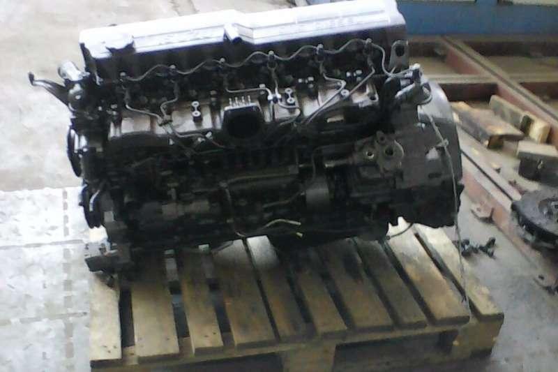Other Other Isuzu 6HH1 Engine Truck
