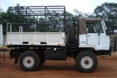 Samil 20 Loadbody Truck