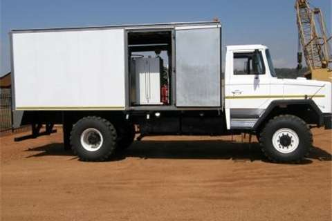 Samil 50 Workshop Unit Truck