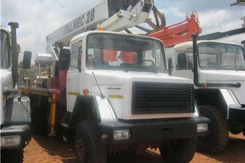 Samil Crane truck Samil 50 Italmec Crane Truck