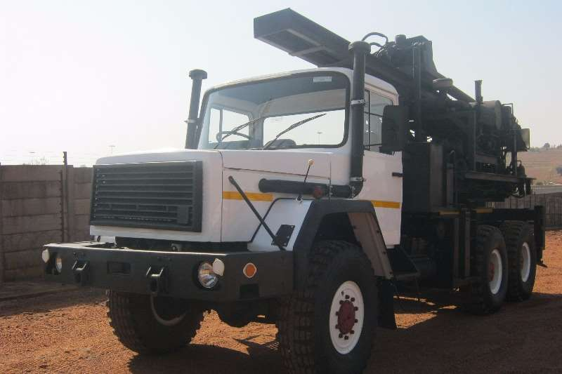 Samil Samil 100 6x6 Deutz Engine & Auger Drill Truck