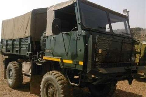 Samil Samil 20 Personnel Carrier Truck