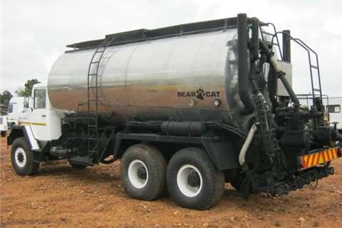 Samil Water tanker Samil 100 Bitumen Tanker  Truck