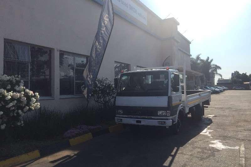 Tata Chassis cab 2 X LPT813 DROPSIDE 4T Truck
