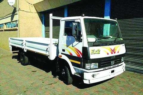Tata Chassis cab LPT 813 Ex 2 F/C C/C Truck
