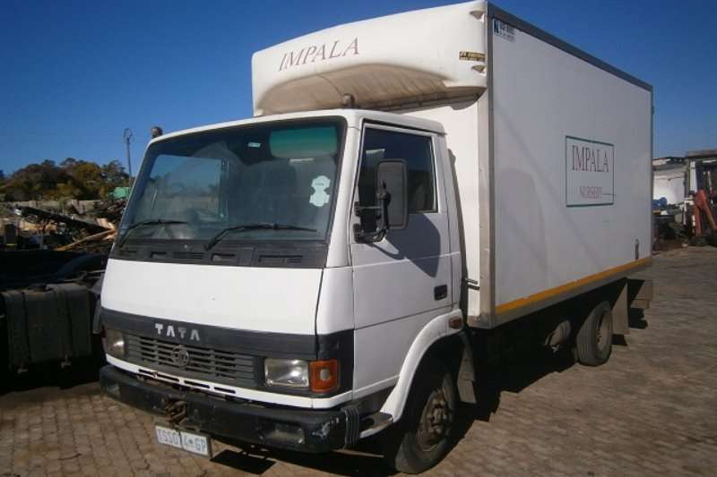 Tata Closed body 709 Truck