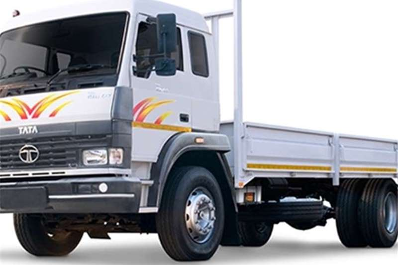 Truck Tata Dropside LPK 1518 Sleeper Cab 8 To 2016