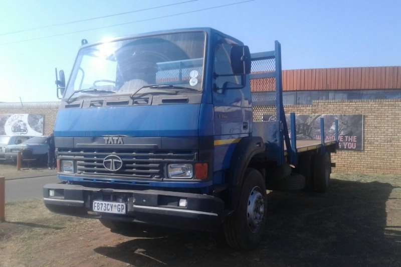 Tata Flat deck very good working condition Truck