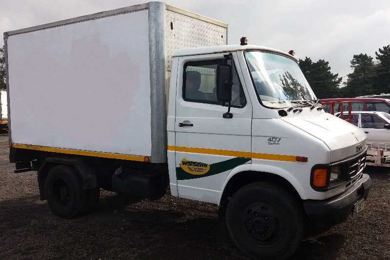 Truck Tata Insulated Body 407 2012