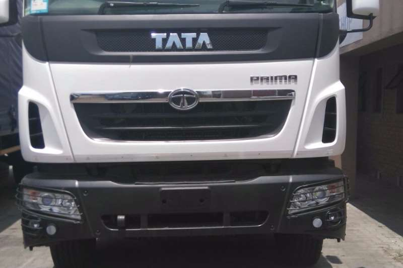Truck Tata Tipper PRIMA 2528 2017