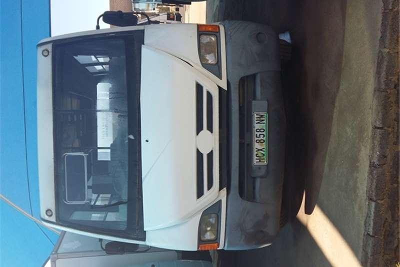 Tata Van body TATA UBUNTU 22 SEATER BUS Truck