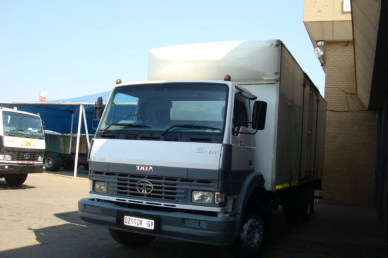 Tata Volume body 2012 TATA LPT 1518 8 TON VOLUME BODY Truck