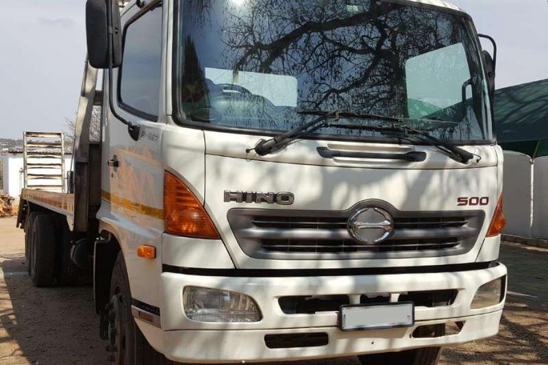 Toyota Compactor 2009 Hino 500 15-257 Double axle beaver tail Truck