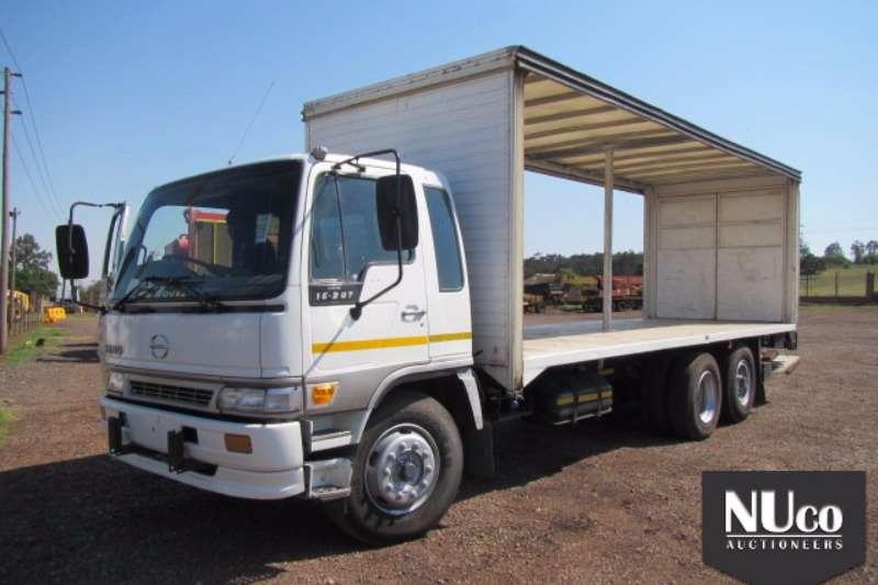 Toyota Curtain side TOYOTA HINO 15 207 TAUTLINER#AHHFF1JPKXXX11075 Truck
