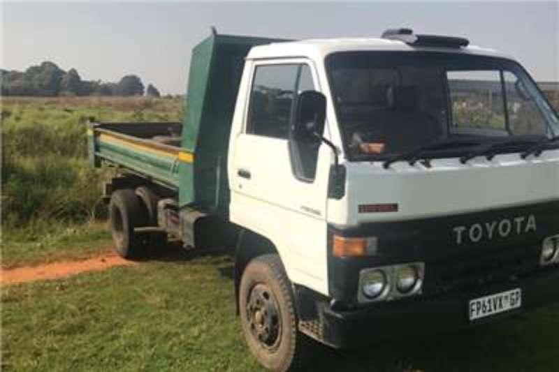 Toyota Dropside Dyna 3 ton R119000 CASH BARGAINS Truck