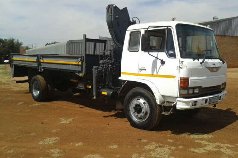 Truck Toyota Dropside Hino 1999