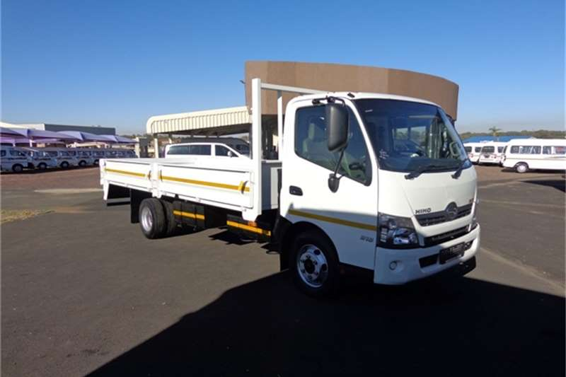 Truck Toyota Dropside HINO 300-814 DROPSIDES 2015