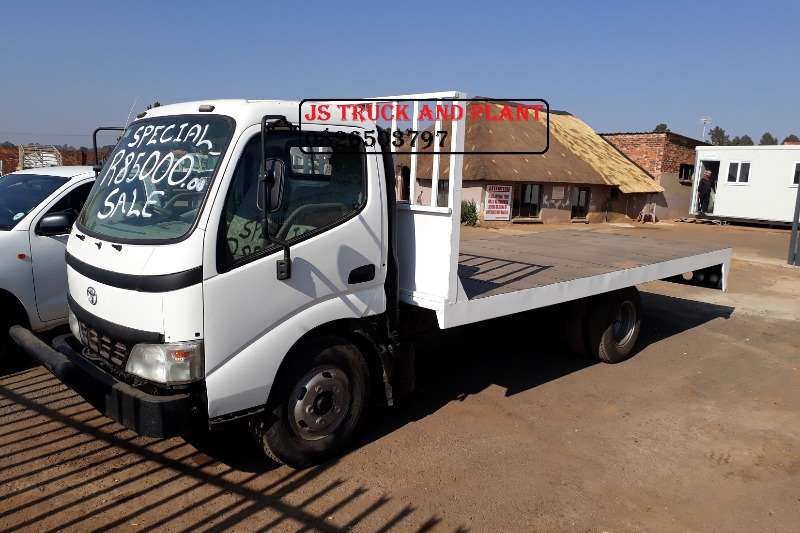 Truck Toyota Flat Deck FLAT DECK TOYOTA DYNA FOR SALE 2002